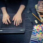 membimbing mengerjakan tugas secara online