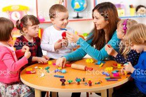 keterampilan guru TK dalam mengajar merupakan syarat utama untuk meningkatkan semangat belajar anak TK